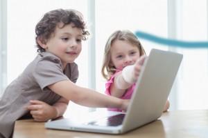 4-14 yaş gurubu çocukların internette şekillendiğini ortaya çıkardı