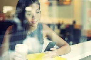 Akıllı telefonlar, cep telefonu satışlarında yüzde 55'lik oranla ilk sırayı aldı