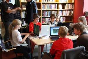 CoderDojo ile çocuklar kod yazmayı öğreniyor