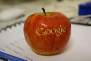 Apple, Google ile özel oyun uygulamalarını sunmak için rekabette_