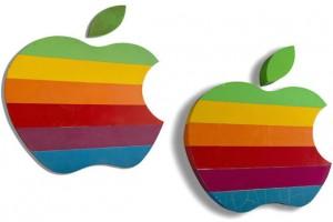 Apple'ın orijinal 'Gökkuşağı' logosu açık artırmaya gidiyor