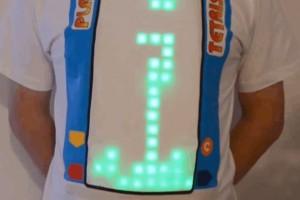 Bu tişört, tetris oynamanıza imkân veriyor