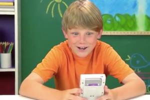 Orijinal Nintendo Game Boy'a günümüz çocukları nasıl tepki veriyor