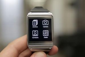 Samsung, Gear akıllı saati için 1000'in üzerinde uygulama olduğunu iddia ediyor