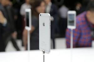 iPhone 6 ve en büyük rakipleri karşılaştırılırsa
