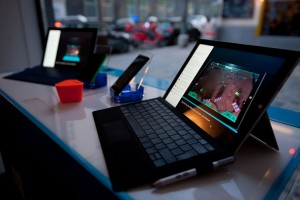 iPhone'a, ithal laptop'a, LCD TV'ye vergi geliyor