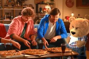 Domino's Pizza'nın yeni maskotu 'AYU' oldu