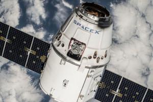 Elon Musk, uzay için internet ağı oluşturacak