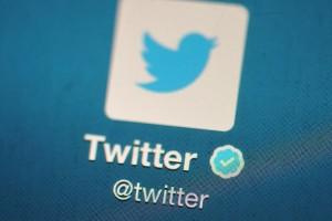 Twitter'ın yeni 'Siz Dışarıdayken' özetleri kullanıcıların tweet akışlarında yer almaya başladı