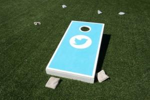 Twitter, platforma yeni kaydolanlar için sıkıcılıktan kurtarıyor