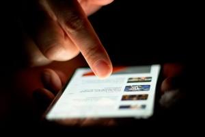 İnternetten en çok cep telefonu alıyoruz