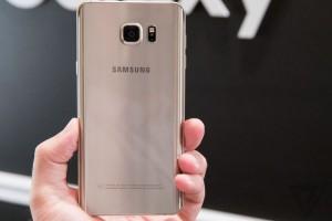 Samsung'un yeni telefonları YouTube'a canlı yayın yapabiliyor