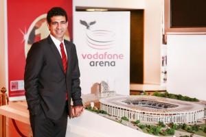 """Türkiye'nin ilk """"akıllı ve bağlantılı stadyumu"""" Vodafone Arena için geri sayım"""