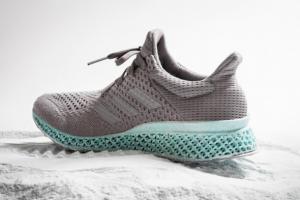 adidas okyanus atıkları 3D ayakkabı