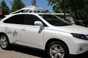 google sürücüsüz otomobil