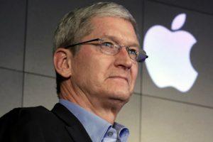 Apple'a en büyük yatırımcısından darbe