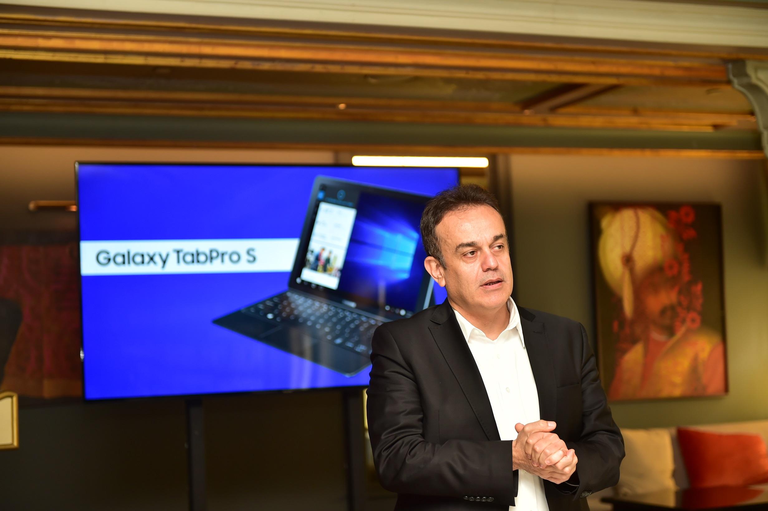 Tansu Yegen1- Samsung