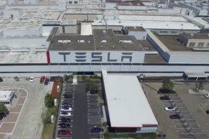 Tesla, Çin'de 9 milyar dolarlık fabrika kuruyor