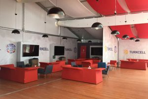 Euro 2016'da Turkcell'den millilere destek