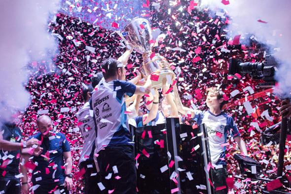 League of Legends Türkiye Büyük Finali'nde şampiyon Dark Passage