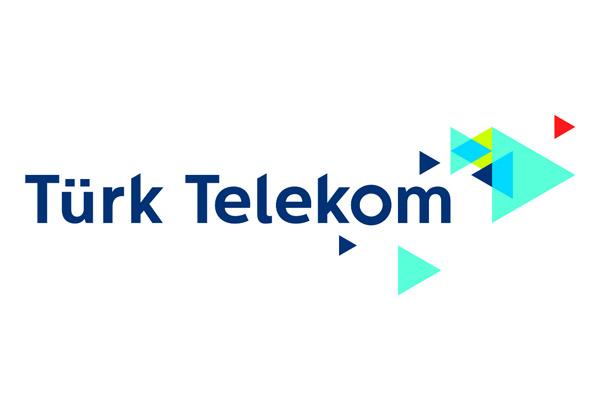 Türk Telekom yöneticileri görevinin başında