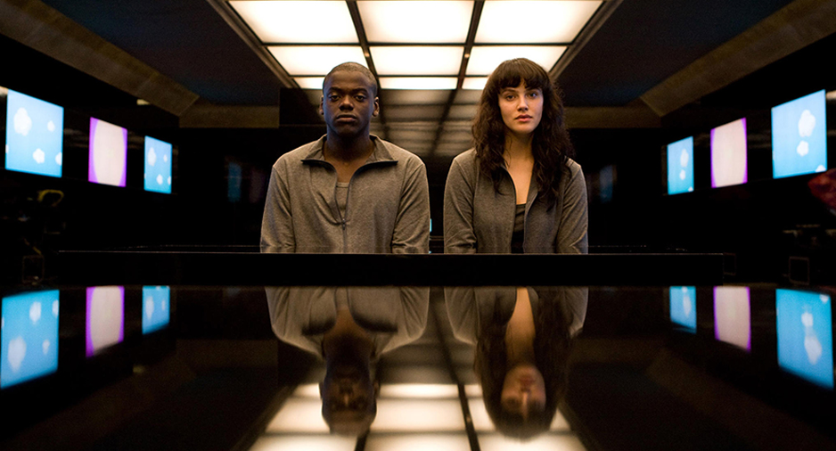 Black mirror ve vergisel göndermeler