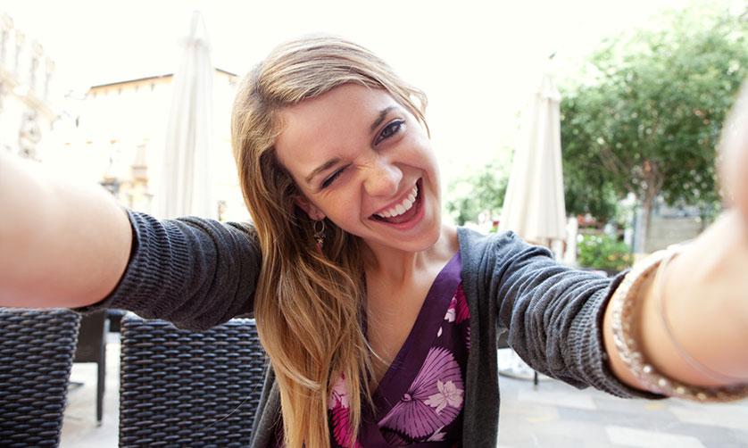 Yepyeni bir trend: Selfie estetiği
