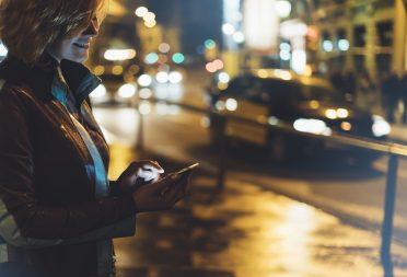 Mobil araç çağırma uygulamaları hangi özellikleriyle öne çıkıyor?