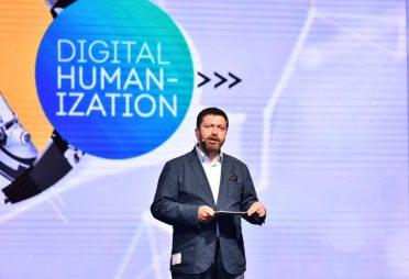 Digital Age Summit'17 ikinci gününde tüm hızıyla devam ediyor