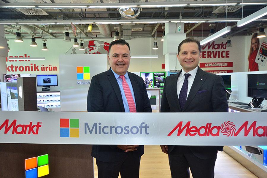 Microsoft'un Türkiye'deki ilk mağazası açıldı