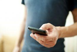 Akıllı telefon satışları artıyor