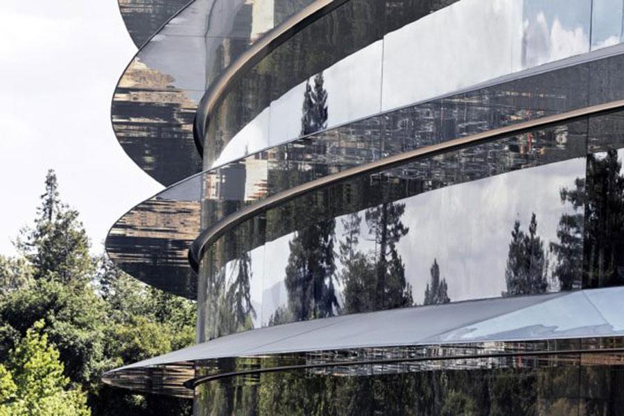 Apple Park, yeni görüntüleriyle büyüledi