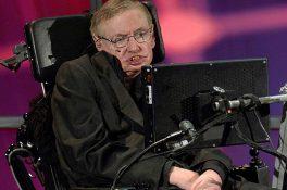 Hawking: Uzaylılar istilacı zorbalar olabilir