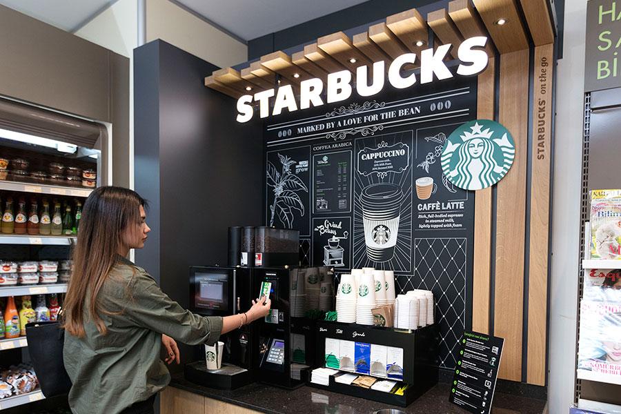 Baristasız Starbucks şimdi Türkiye'de
