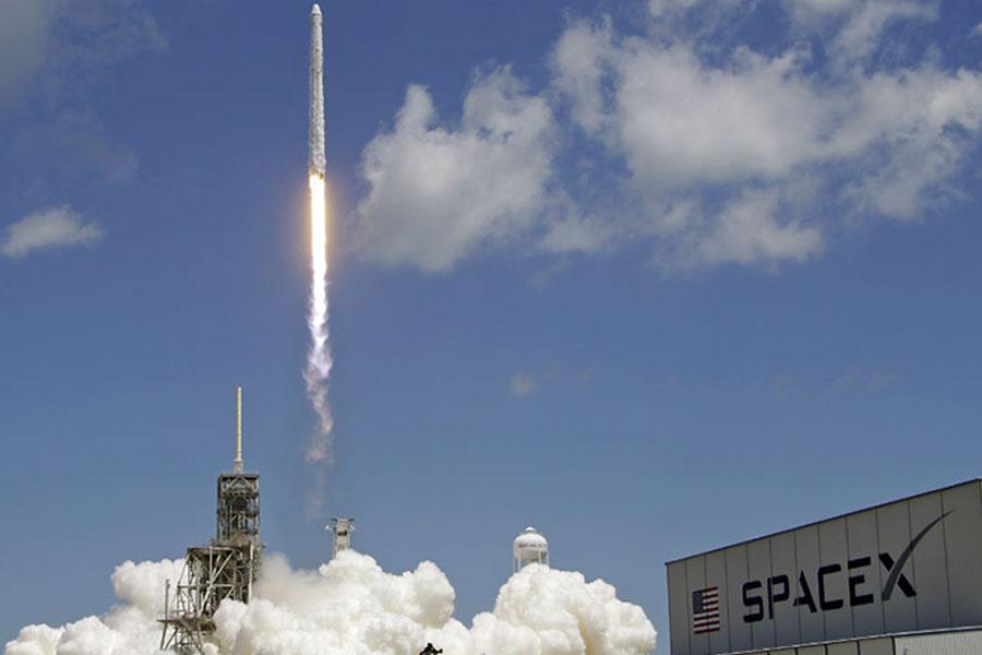 Uzay üssüne sürpriz kargo