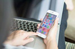 Kendilerine cep telefonunu yasaklayan Silikon Vadisi yöneticileri!