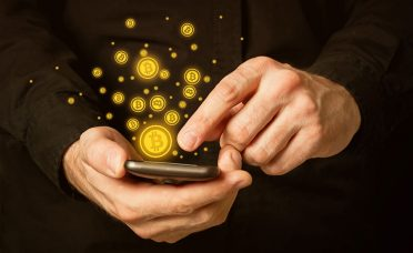 Ünlülere dijital para uyarısı: Kanuna aykırı!