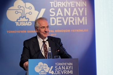 """TÜSİAD'dan """"Türkiye'nin Sanayide Dijital Dönüşüm Yetkinliği"""" raporu"""