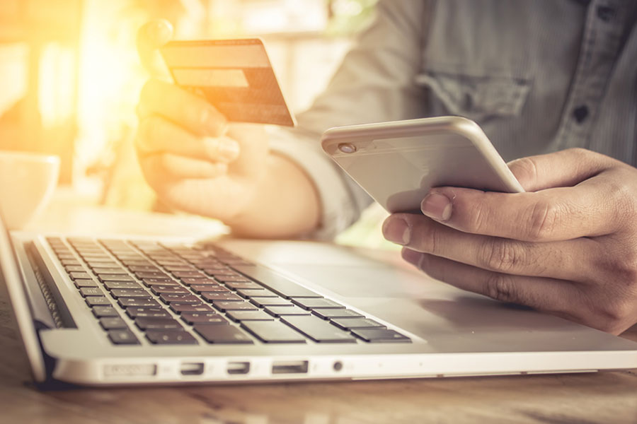Kredi kartlarının internetten alışverişe açık kalması için son gün
