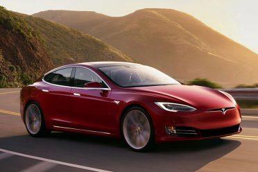 Tesla'nın kilit ismi istifa etti