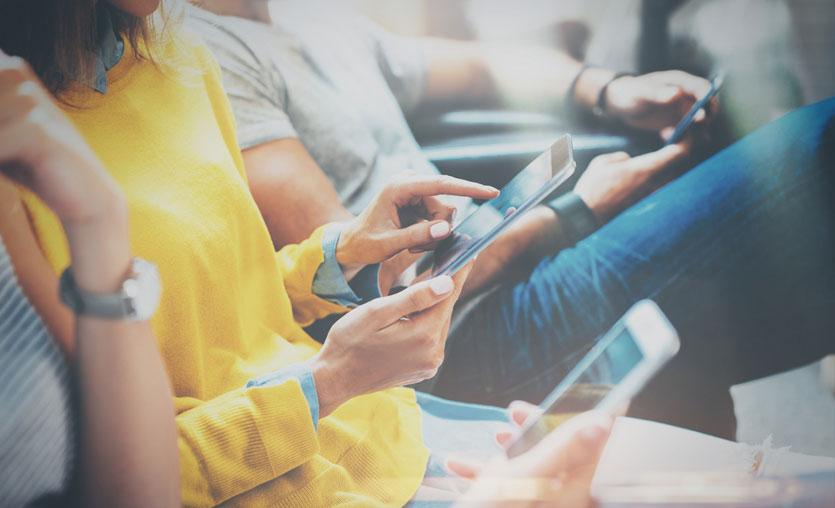 Tüketici teknolojisi pazarını akıllı telefonlar sürüklüyor