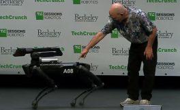 Boston Dynamics'in robot köpeği SpotMini 2019'da satışa çıkıyor