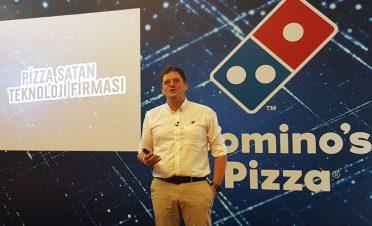 Domino's Pizza dükkanlarını cebe taşıyor