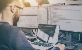 Bilgisayar Mühendisliği Odası: Bilgisayar mühendisliği kodlama ve algoritmaya indirgenemez