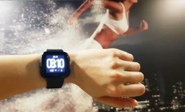 Şık ve hafif akıllı saat deneyimi: Fitbit Versa [İnceleme]