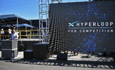 Elon Musk, Hyperloop açılışına geri sayımı başlattı