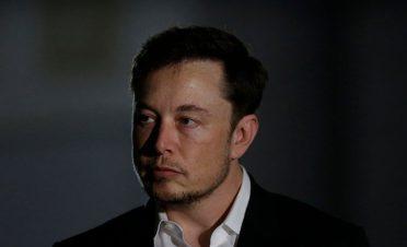 Tesla'daki görevini bırakan Elon Musk 40 milyon dolar ceza ödeyecek