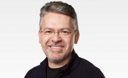Apple'a yapay zekâ bölümü John Giannandrea'ya emanet