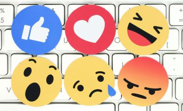 Birleşik Dünya Devleti Kurucusu: 'Emoji dili geliyor'