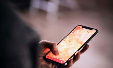 iPhone'nunuz sizi dinliyor olabilir